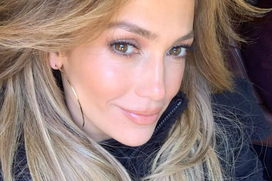 """For the 500 millionth time..."" – JLo hits back at hater's accusations"