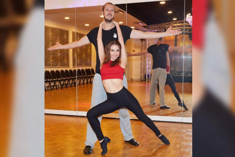 Pascal Hens und seine russische Tanzpartnerin Ekaterina Leonova trainieren in Hamburg.