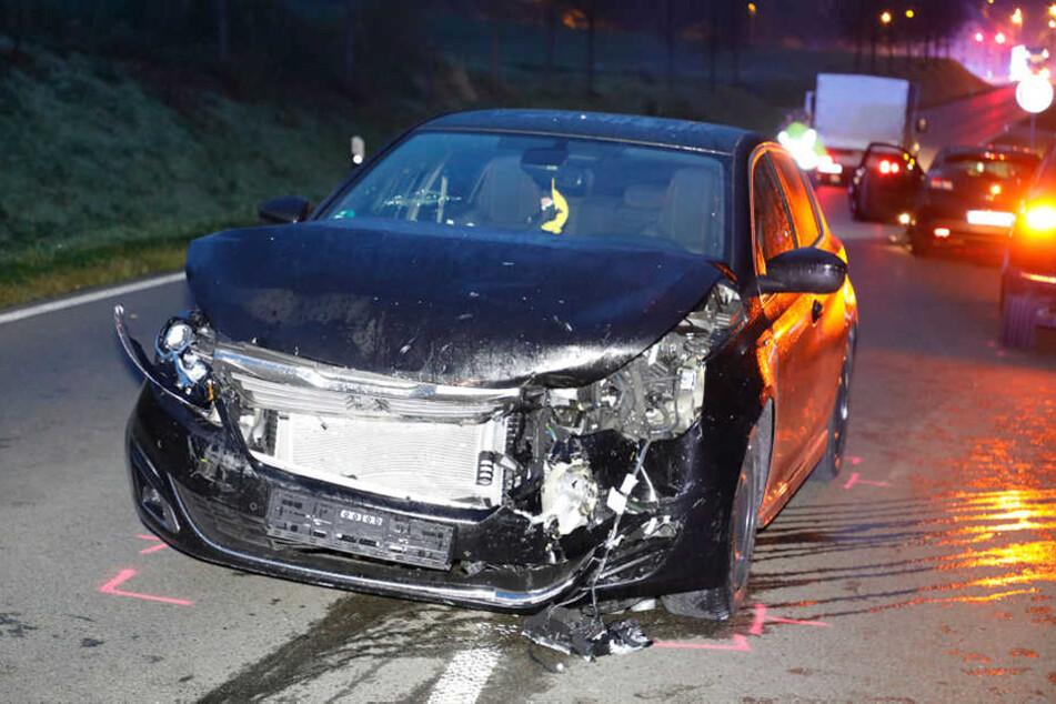 Insgesamt waren fünf Autos am Unfall beteiligt.