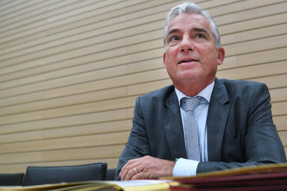 GroKo-Gespräche: Innenminister Strobl fordert Twitter-Verbot