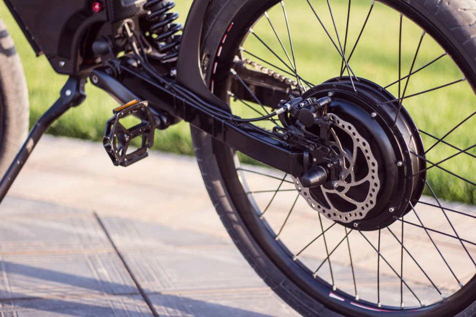 Weil Elektro-Fahrräder Feuer fingen! Fünf Menschen sterben