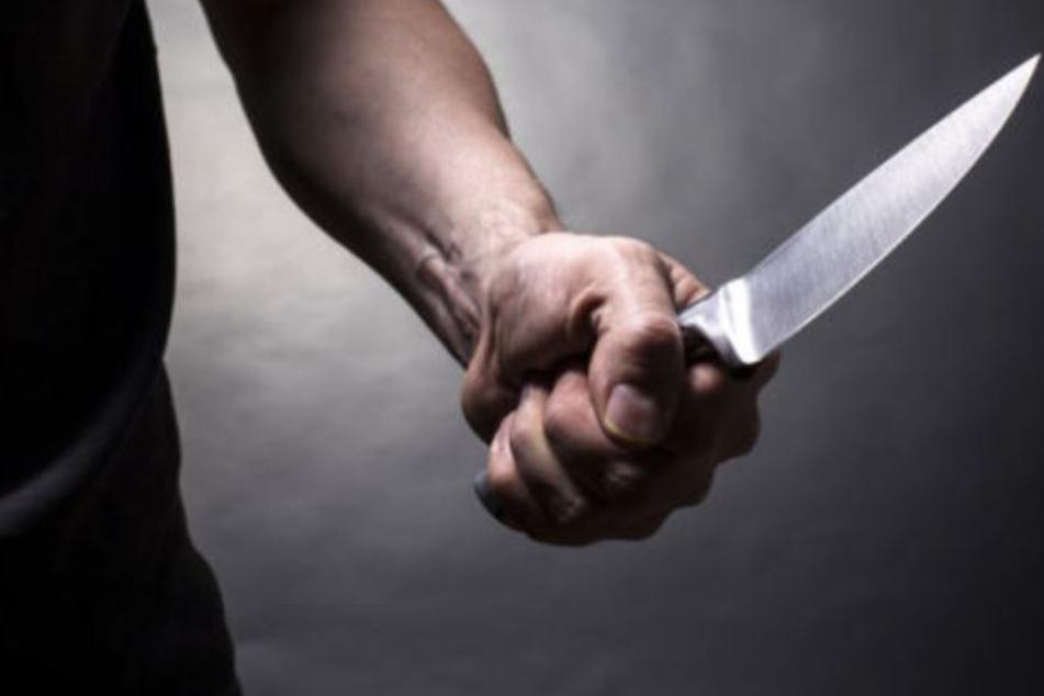 35-Jähriger bei Messerattacke in Hamburg-Farmsen lebensgefährlich verletzt