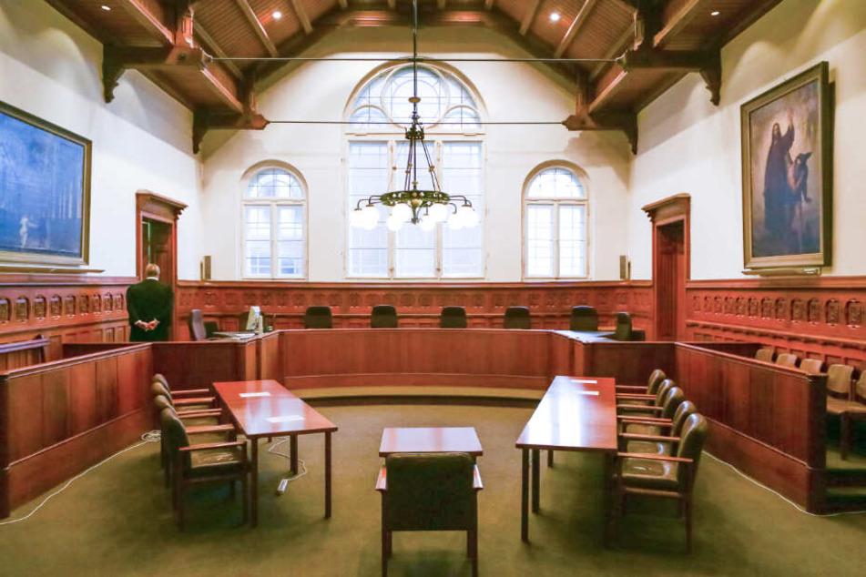 Vierfache Mutter mit Schloss erschlagen: Gericht erwartet Plädoyers