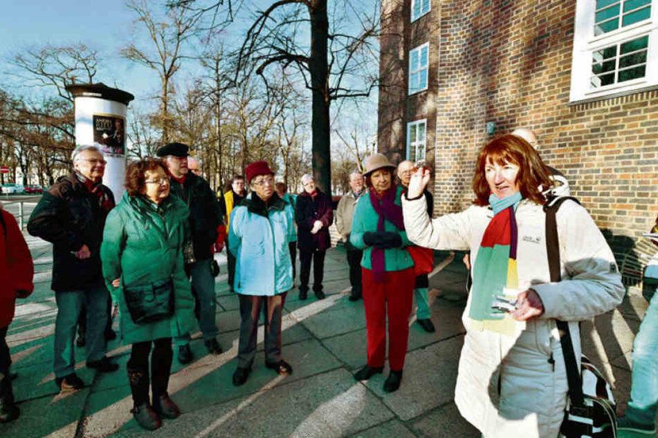 Grit Linke (56) hält zum Weltgästeführertag Vorträge und Stadtführungen über Menschen, die Geschichte schrieben.