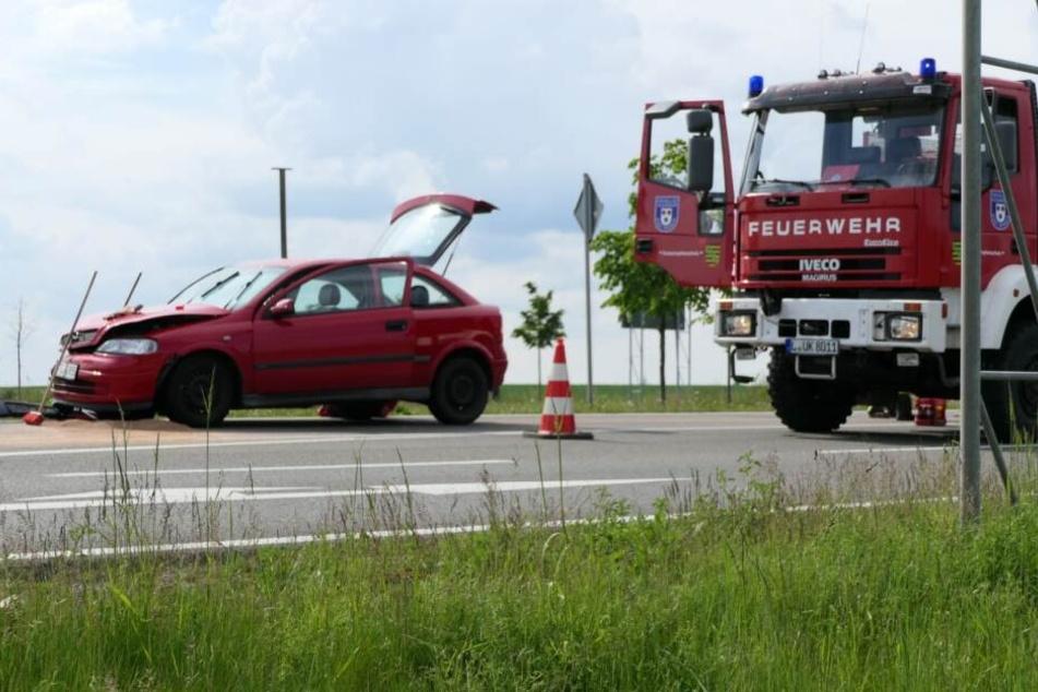 Dabei sind ein Opel Astra sowie ein Ford miteinander kollidiert.