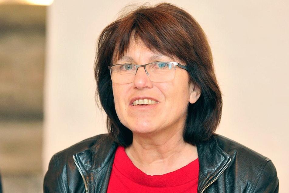 Pia Findeiß (62, SPD) half bei einer Lösung.