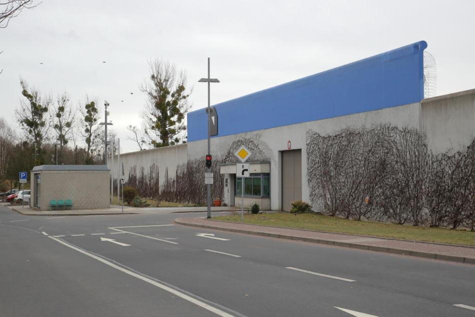 In der JVA Dresden wurde ein Gefangener am Freitag tot in seiner Haftzelle  gefunden.