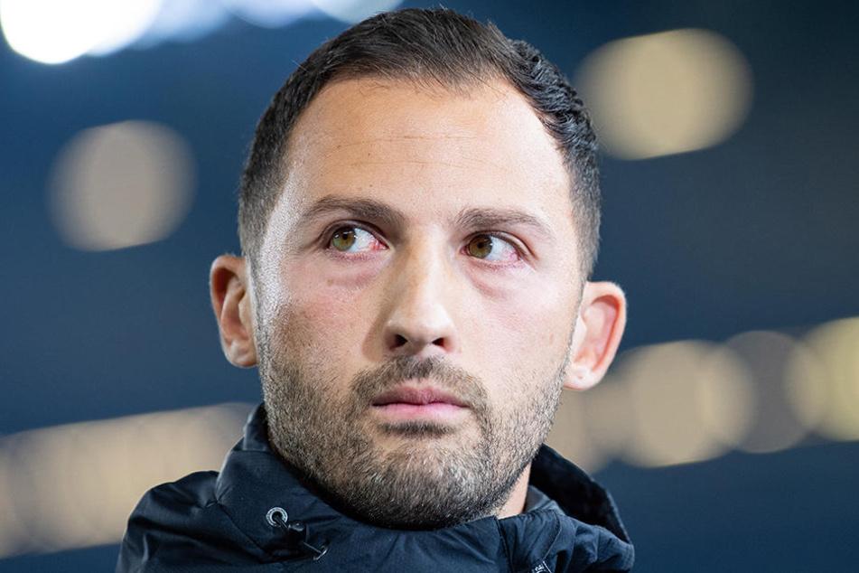 Schalkes Trainer Domenico Tedesco ärgerte sich über das Verhalten seines Stürmers Franco di Santo.