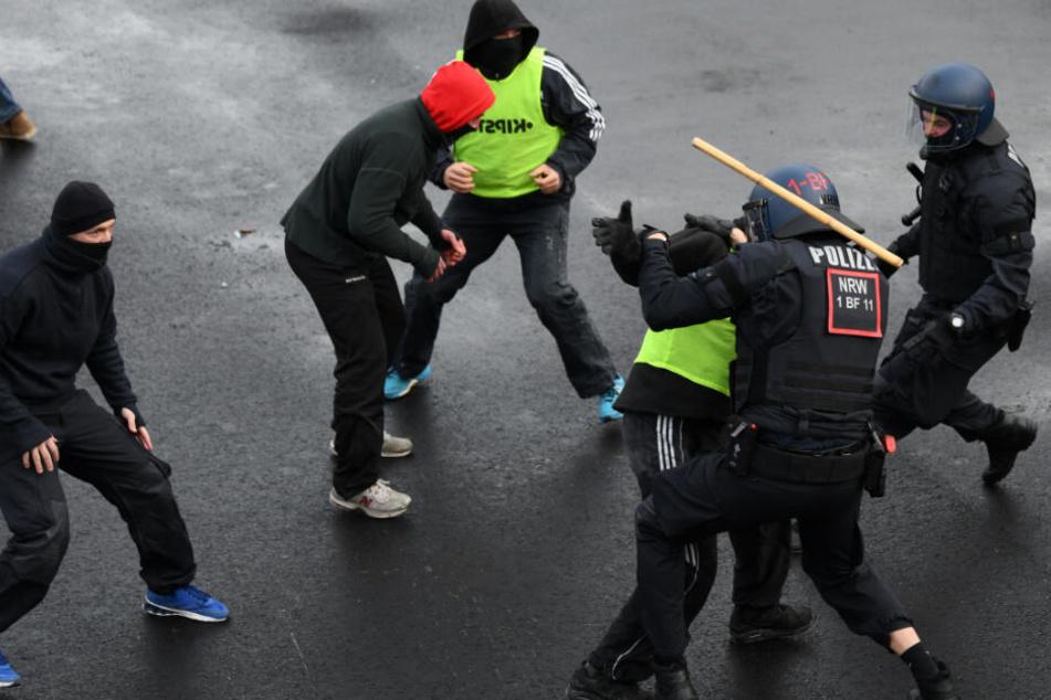 Teenie-Streit und Hooligan-Zoff: Heute harte Prüfung für sächsische Polizei