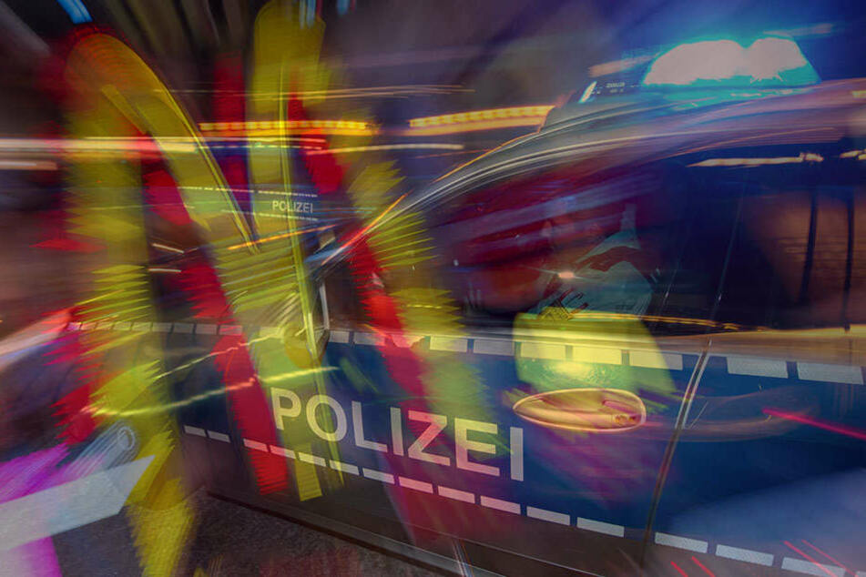 Ölspur verrät flüchtige Fahrerin nach Unfall vor der Polizei