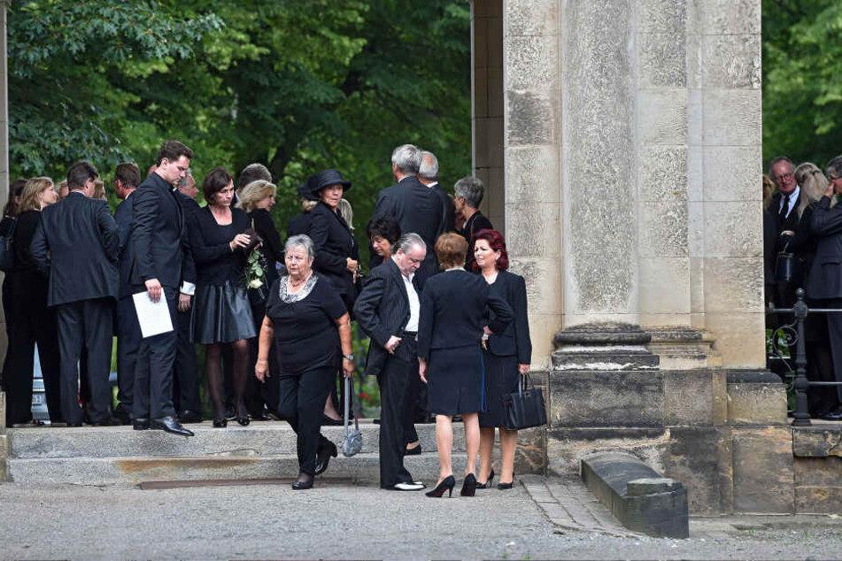 Über 150 Menschen trauerten mit der Familie in der Feierhalle des Friedhofs  um Andreas Waldow.