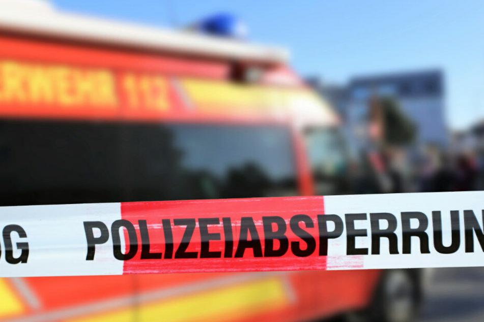 Mordkommission ermittelt: Mann (29) lebensgefährlich verletzt