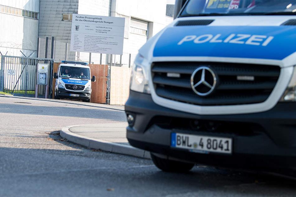 Flüchtlinge wegen Mordes in 36 Fällen angeklagt