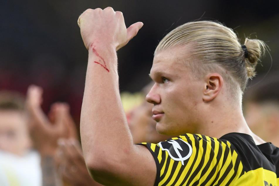 Erling Haaland (21) trifft wie er will. Ob Borussia Dortmund ihn über den Sommer 2022 hinaus halten kann, ist fraglich.