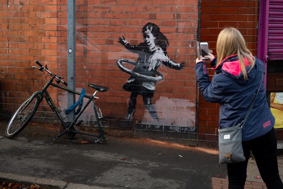 Banksy-Kunstwerk zerstört: Demoliertes Fahrrad für kurze Zeit verschwunden