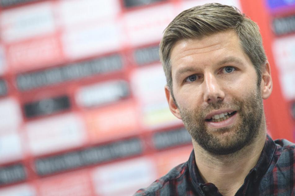 Eigentlich hat Hitzlsperger mit dem Abstieg des VfB bereits genug Arbeit. Auch ohne Foto-Eklat.