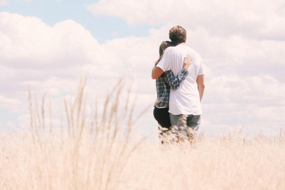 Viele träumen den Traum vom Partner fürs Leben aus dem Netz. Doch damit das klappt, muss man sich zwingend Mühe geben.