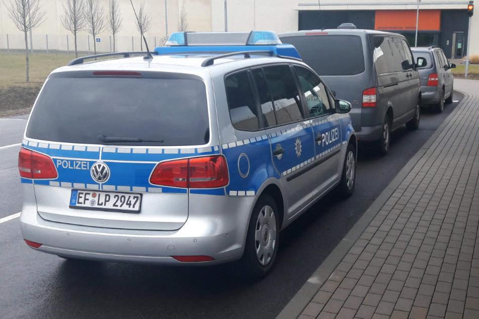 Mit einem Großaufgebot suchte die Polizei nach den Entflohenen.