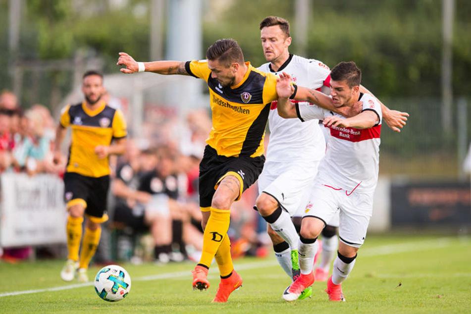 Testroet beim Testspiel gegen VfB Stuttgart.