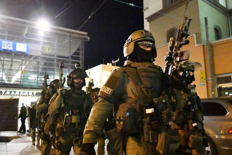 Die Sicherheitsbehörden nahmen den 33-Jährigen fest. (Symbolbild)