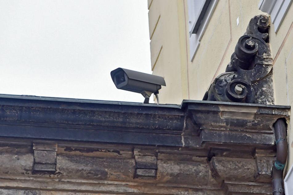 Um die Mängel des Kamerasystems im Schloss weiß man bei den SKD schon länger.