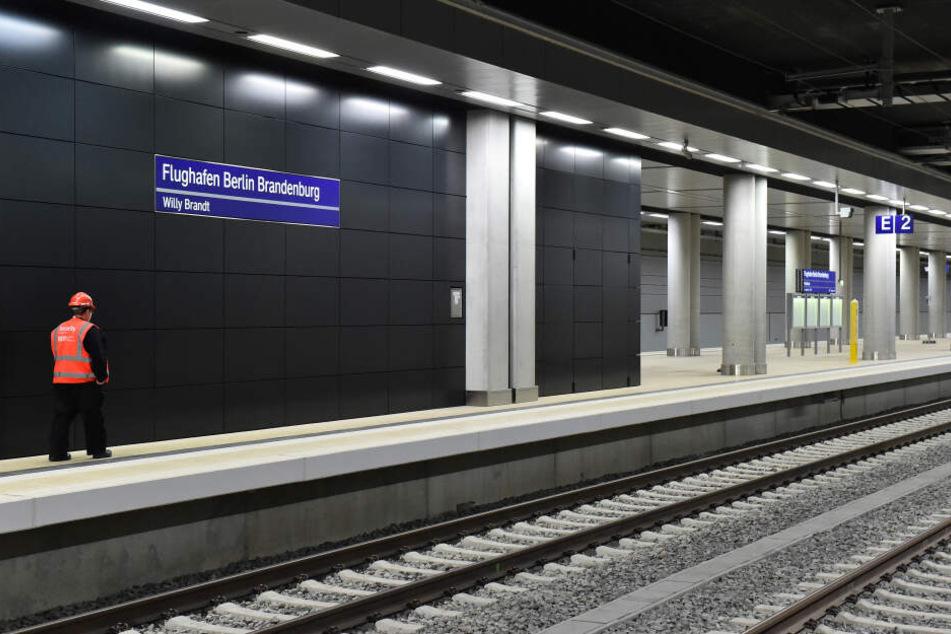 Die IHK fordert eine höhere Taktung der Züge zum Flughafen BER.