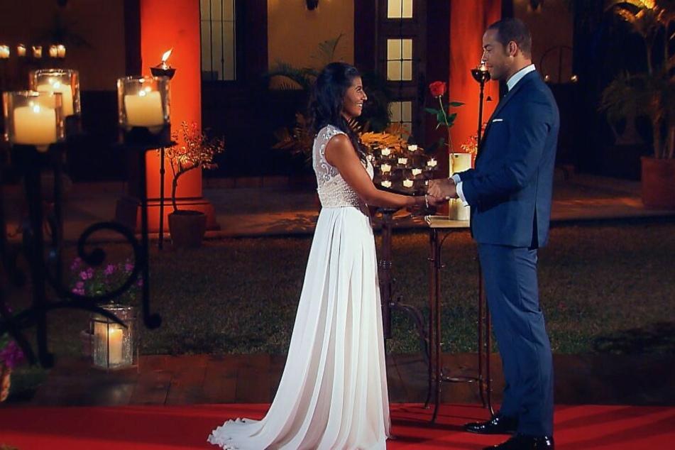 Erst gestand er ihr seine Liebe, dann schickte der Bachelor Eva nach Hause.