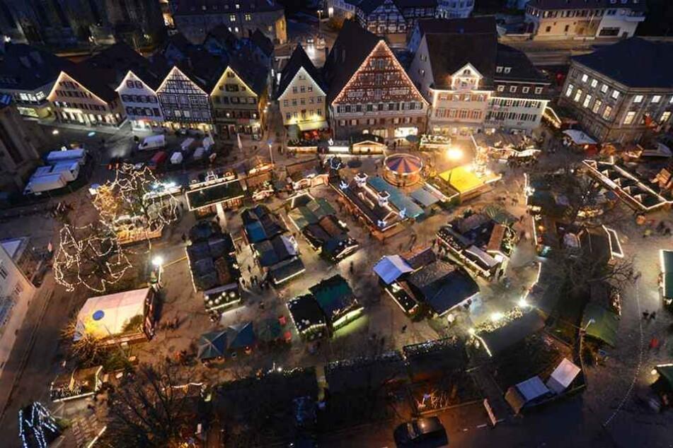 Lockt auch dieses Jahr vielleicht wieder eine Million Besucher an: der Esslinger Weihnachtsmarkt. (Archivbild)
