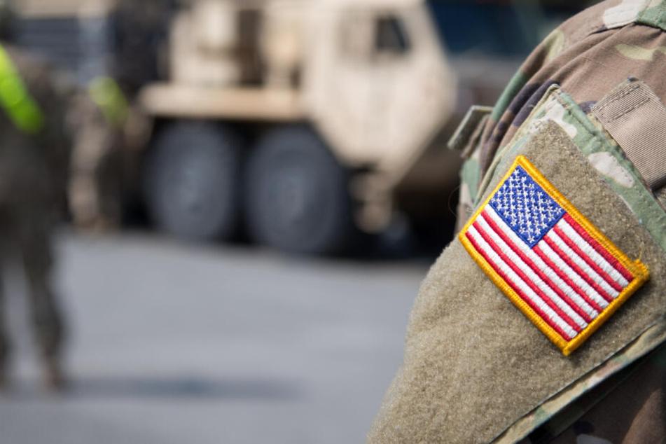 Frau glaubt an große Liebe mit US-Soldat, doch dann erlebt sie eine böse Überraschung