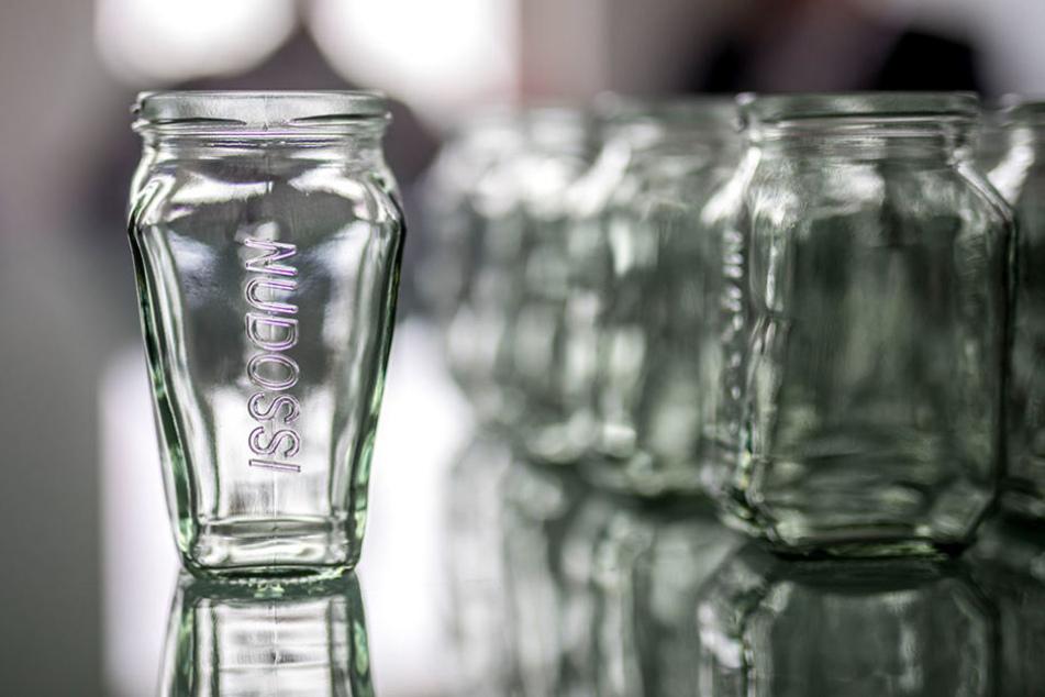 Das sind sie: Die neuen Gläser, in denen ab sofort Nudossi abgefüllt wird.