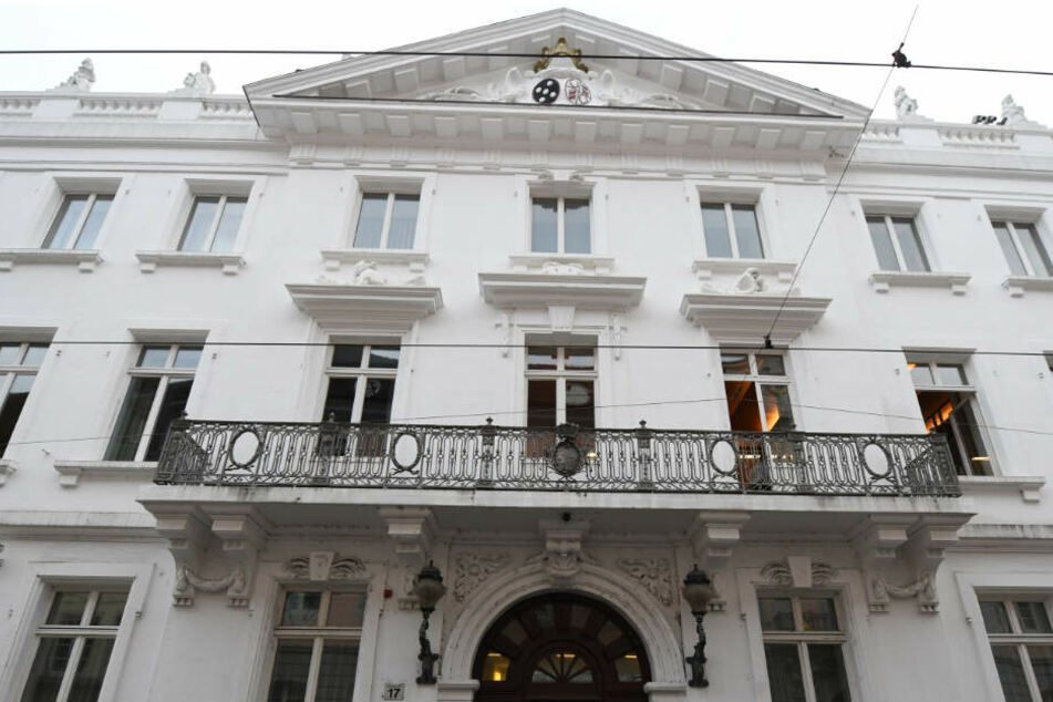 Die Männer müssen sich vor dem Landgericht Freiburg verantworten.