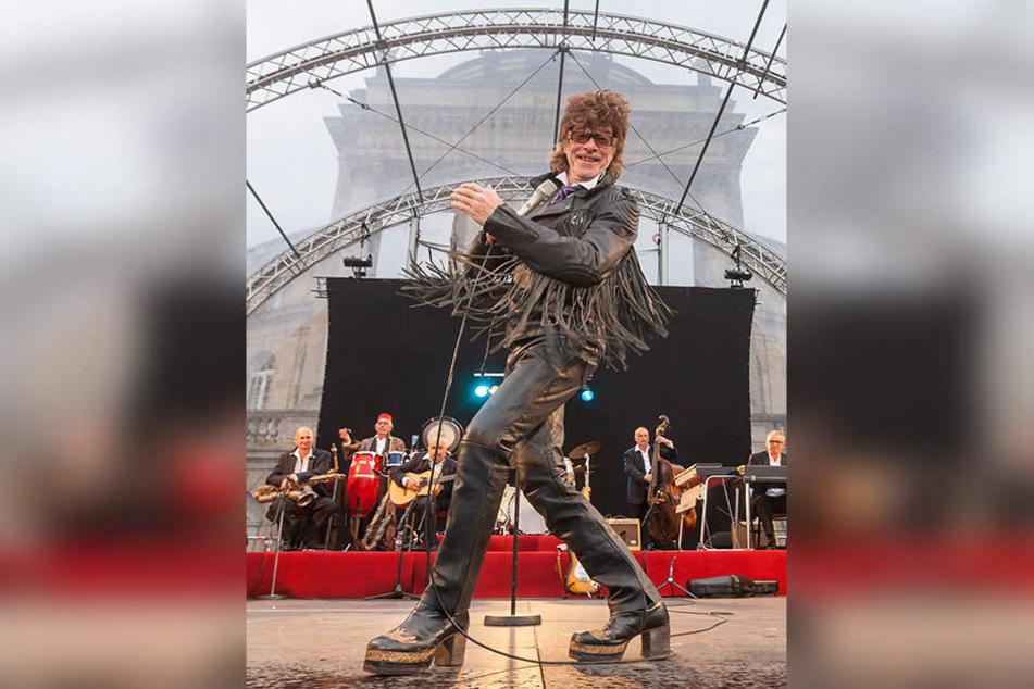 Im August steht Kult-Entertainer Helge Schneider (63) auf der Zwickauer Freilichtbühne.