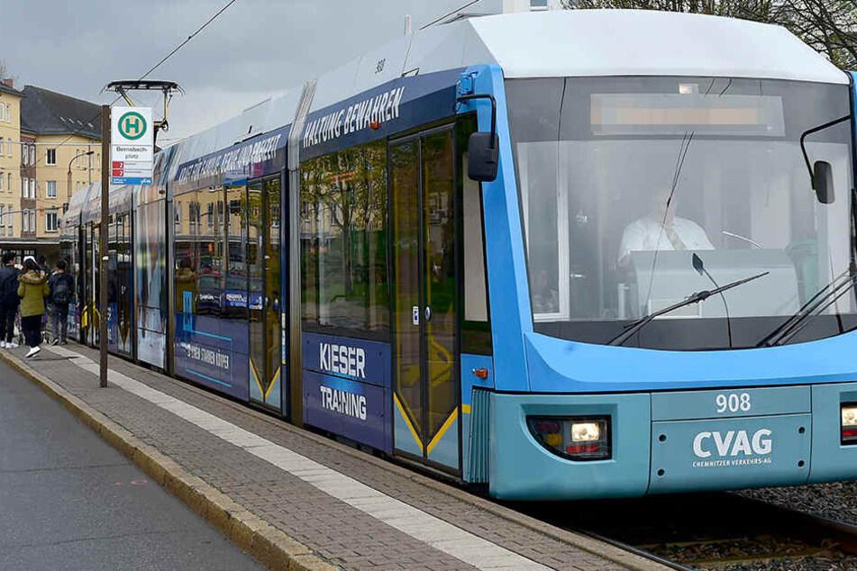 Auch einige Straßenbahnlinien können nicht ihre regulären Routen fahren. (Archivbild)