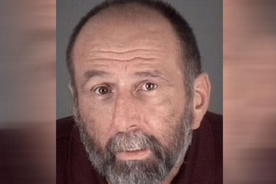"""Jeffrey G. (55) brauchte 17 Anrufe, ehe er """"endlich"""" festgenommen wurde."""