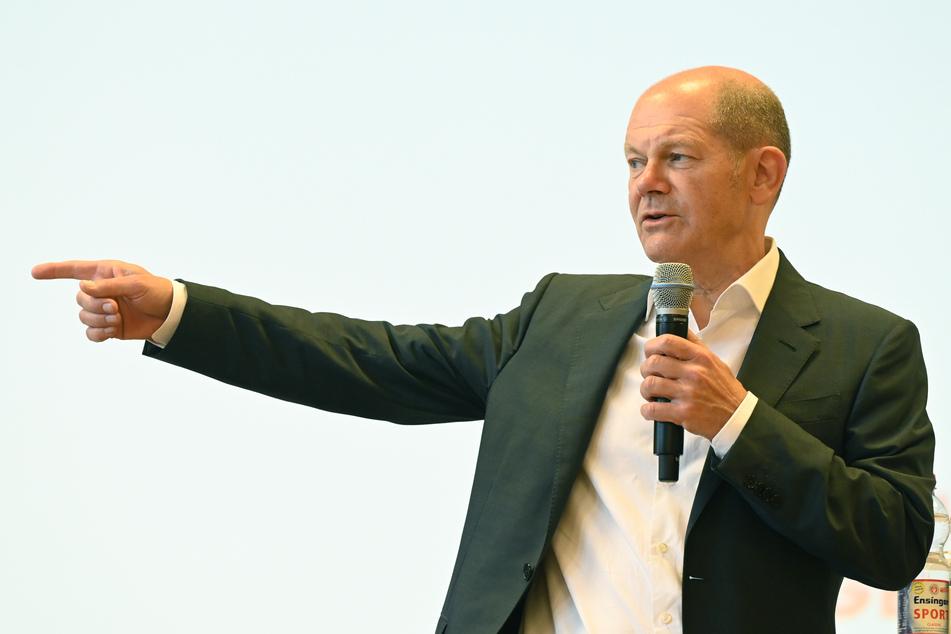 Knallhart: Scholz nimmt Union und deren Sofortprogramm auseinander!