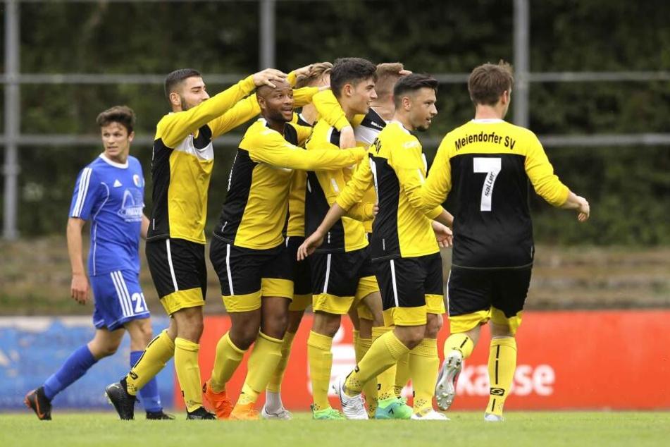 Oberliga-Fußballspiel wegen aggressivem Rassisten abgebrochen