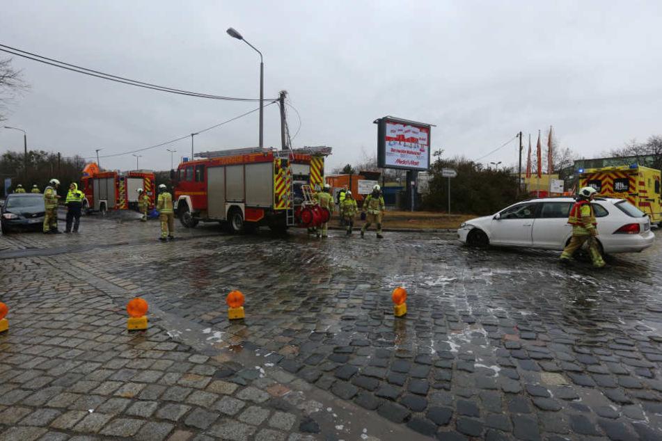 An der Kreuzung Stauffenbergallee/Hammerweg krachte es.