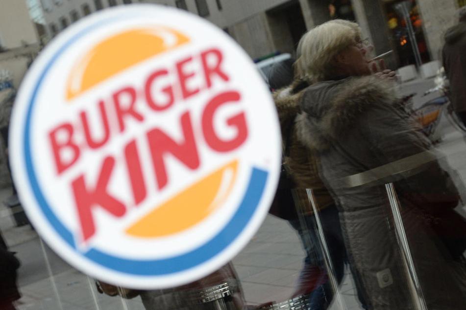 Mit einem Werbespot, der eigentlich super-pfiffig sein wollte, hat sich Burger King in die berühmten Nesseln gesetzt.