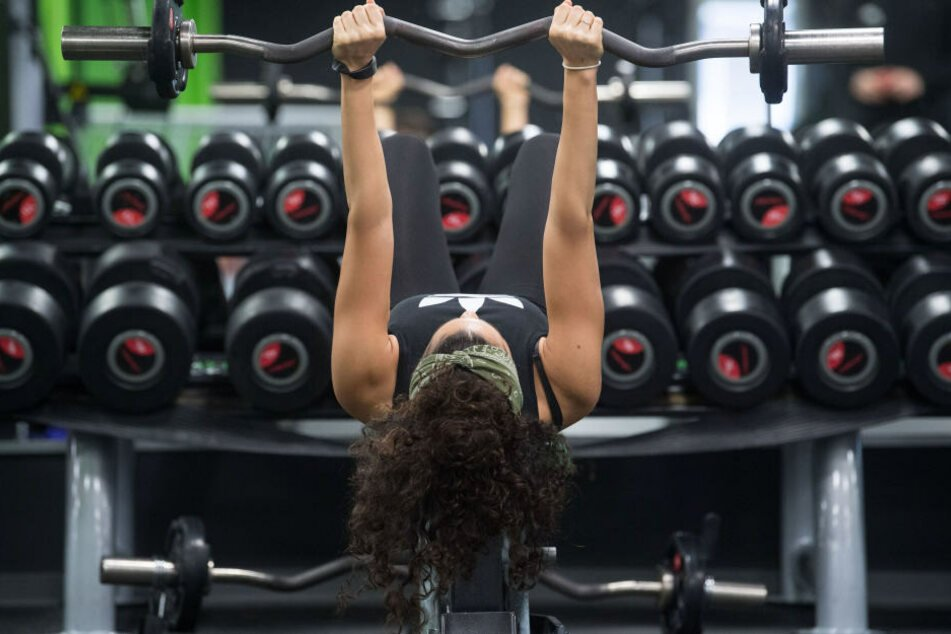 Fast 13 Prozent der Bayern sind im Fitnessstudio.