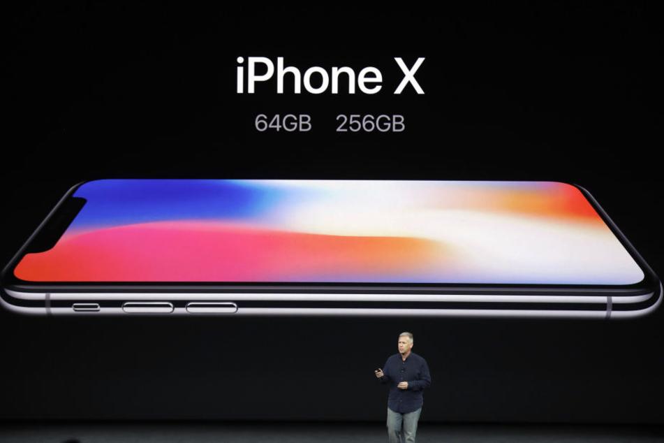 Das iPhone X kommt mit völlig neuem Design daher. Ein Experte rechnet mit über 50 Millionen Vorbestellungen.