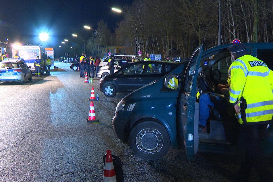 Drogenkontrolle in Hamburg! Polizei überprüft Hunderte Fahrzeuge