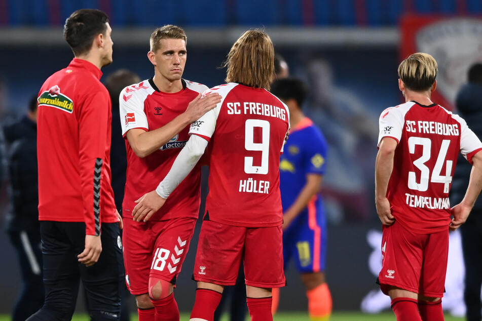 Wieder einmal enttäuschte Gesichter in Reihen der Freiburger, die auch das sechste Spiel in Folge nicht gewinnen konnten.