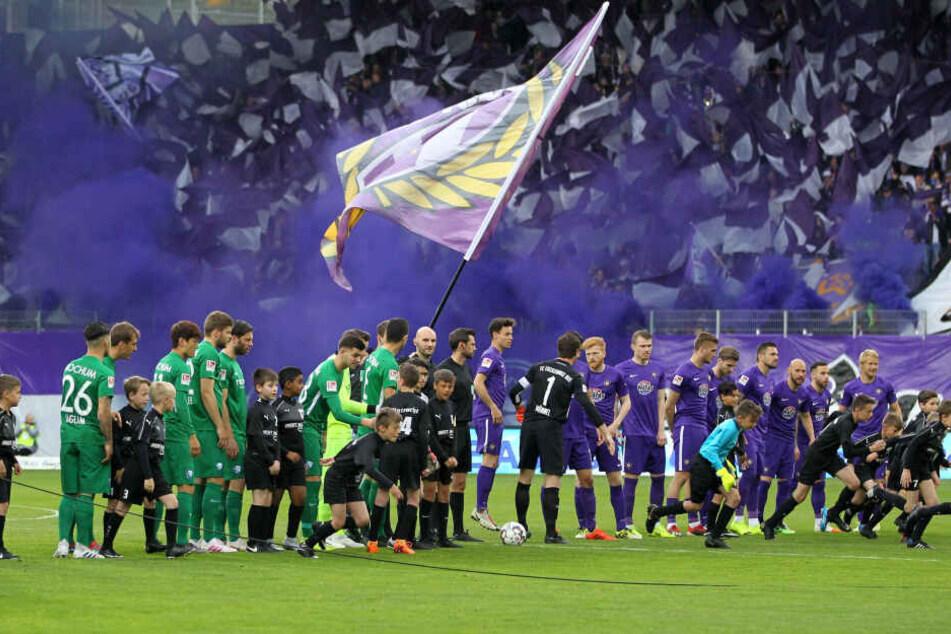 Im April 2019 daheim gegen Bochum brannte die Luft im Erzgebirgsstadion. Damals musste der FCE blechen.