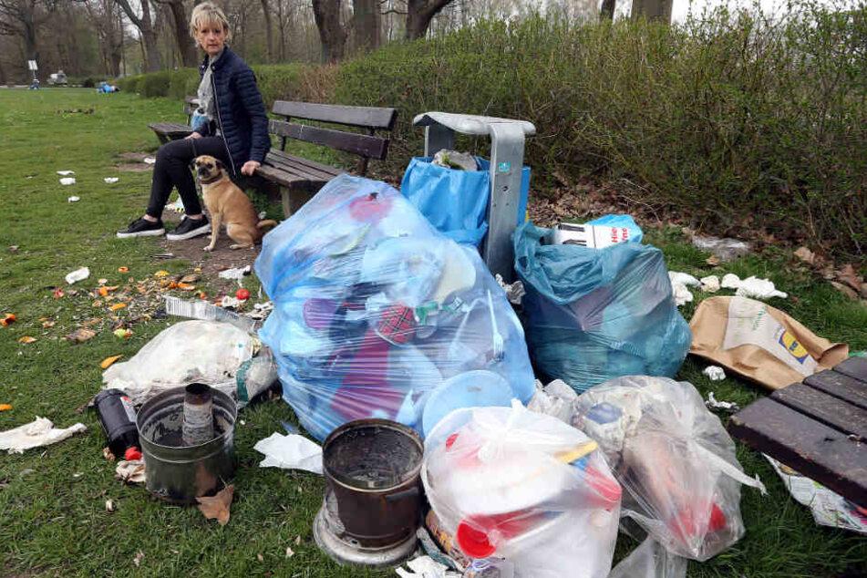 Ekelhafte Müllberge stapeln sich in den Bielefelder Parks