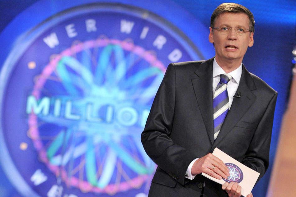 "Seit 17 Jahren moderiert Günther Jauch ""Wer wird Millionär?"". Start war am 3. September 1999."
