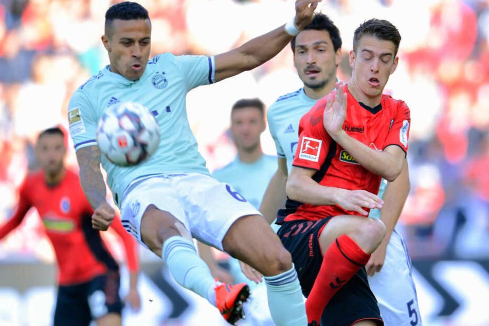Der FC Bayern München kam in Freiburg nicht über ein bitteres Remis hinaus.