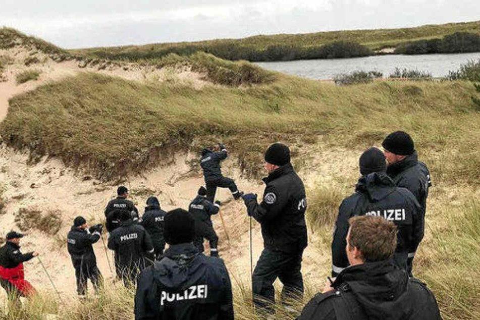 Wochenlang suchten Dutzende Beamte in den Dünen Amrums nach einer Leiche