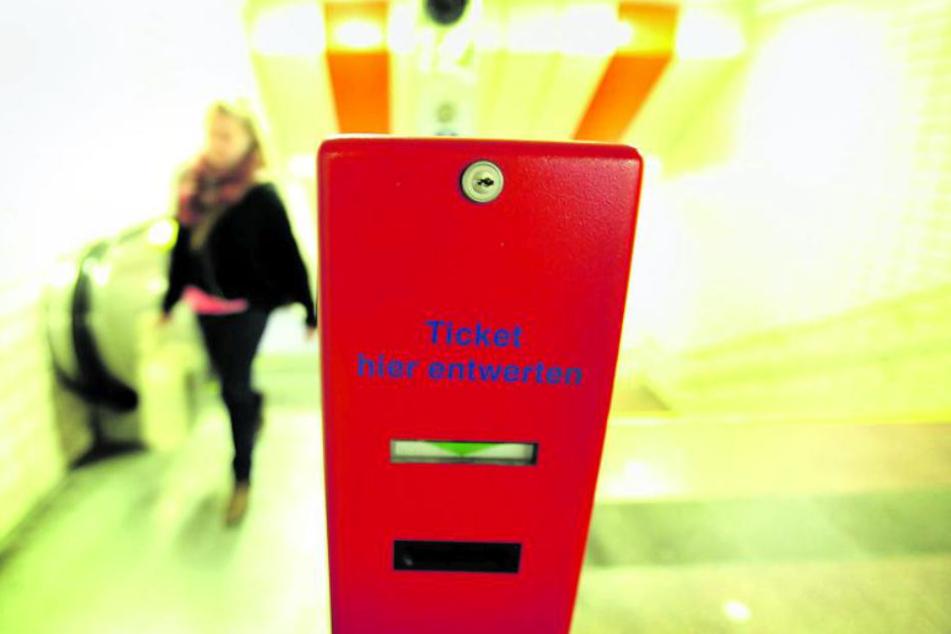 An solchen Automaten können die Tickets abgestempelt werden.