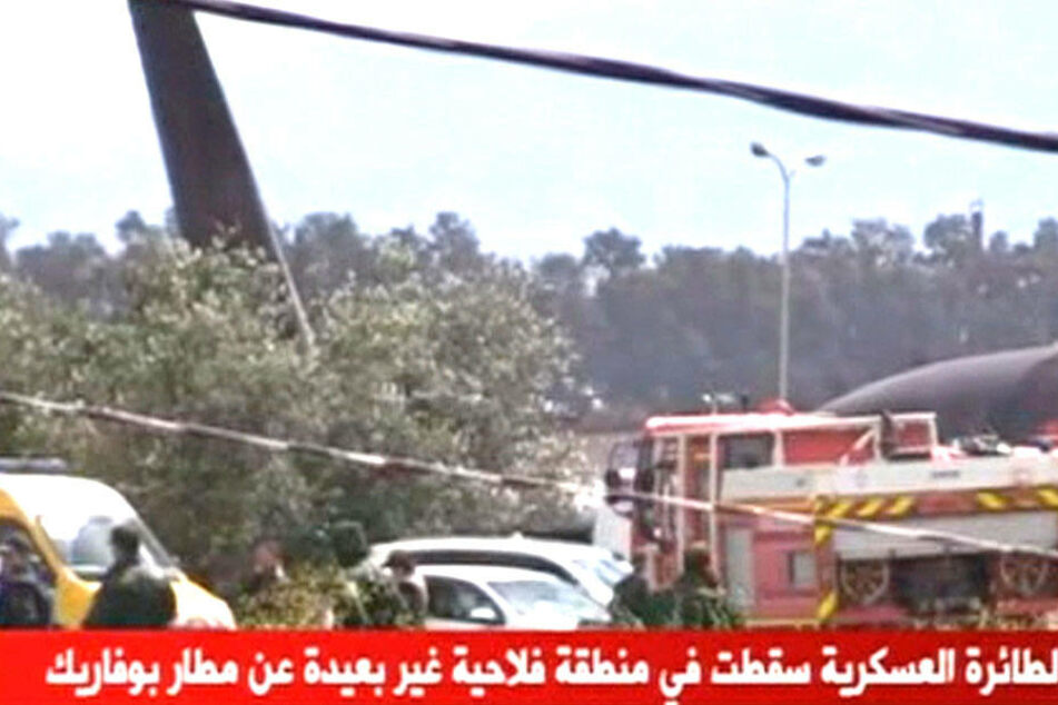 Eine Maschine vom Typ IL-/6 stürzte über Algerien ab.