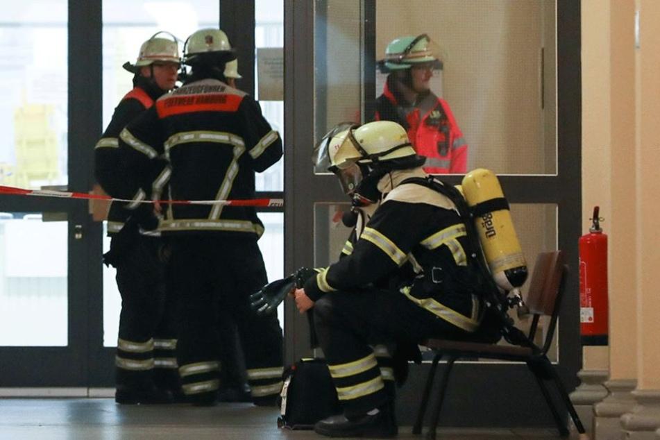 Die Feuerwehr konnte ein Ausbreiten der Flammen verhindern (Symbolbild).